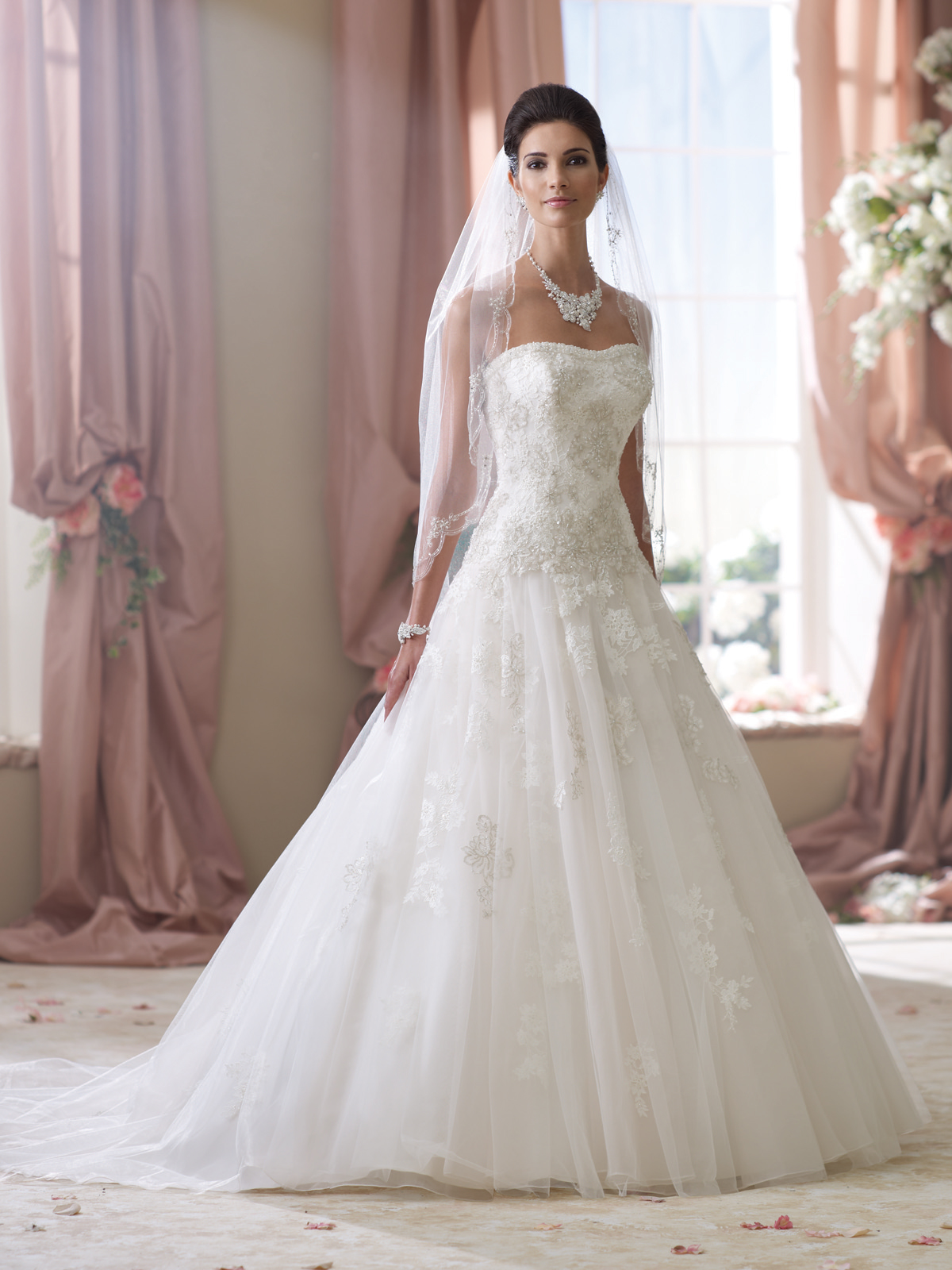 ANN MATTHEWS BRIDAL ALBUQUERQUE WEDDING DRESSES